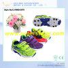 最新のデザイン通気性の網の上部のスポーツの靴