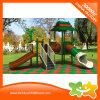 De kinderen plaatsen de OpenluchtDia's van de Apparatuur van het Spel voor Park