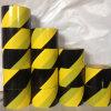 Opspoorbare Gele Zwarte Vloer die de Band van de Voorzichtigheid van de Waarschuwing merken