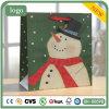Sac de papier de cadeau de modèle de bonhomme de neige de Noël