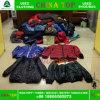Рука оптовой продажи вторых рынка одежды руки Гуанчжоу вторых одевает куртку повелительниц людей (тяжелую)