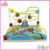 La piccola stringa animale di legno del bambino borda il giocattolo (W11B052)