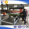 Máquina que corta con tintas principal del recorrido de los interiores del coche con control del PLC