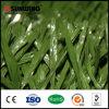 Fútbol que suela la hierba artificial para la decoración