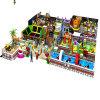 Campo de jogos interno dos jogos macios internos das crianças para miúdos