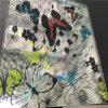 다채로운 나비를 가진 얼룩이 진 박판으로 만들어진 유리