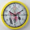 Orologio di parete di plastica decorativo giallo con il sogno verniciato Cathcer per il disegno interno della camera da letto del salone