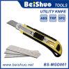 couteau de service de 18mm avec trois lames de substitution automatiques de lames