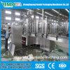 Água Purified da água mineral que enxágua o equipamento de enchimento e tampando