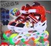 四輪インライン引き込み式のローラースケートの靴