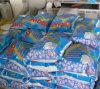 Alto detergente blanco o azul eficaz del jabón