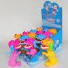 Het ontschorsen van het Suikergoed van het Stuk speelgoed van het Suikergoed van de Hond in Speelgoed (130905)