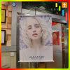 훅을%s 가진 포스터를 광고하는 폴란드 포켓