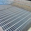 Reja de acero soldada negro para la plataforma de la industria