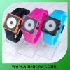 A maioria de relógio popular do silicone das cores com cara do sorriso