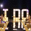 Je fais le signe léger de lettres d'ampoule de hauteur de 120cm pour la noce