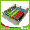 Изумляя Group Activity Trampoline Court с Family и Friends