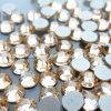 수정같은 돌 편평한 기인한 모조 다이아몬드 트리밍이 Swaro 도매 못에 의하여 돌을 던진다