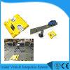 Móbil portátil sob o veículo que verific o sistema da varredura do sistema