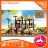 Kind-Plastik schiebt verwendetes im Freienspielplatz-Handelsgerät