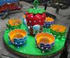 Jogo inflável colorido usado para a finalidade recreacional