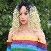 Hoge de Blonde van de Kleur T1/613# van Ombre - de Synthetische Pruik van de Temperatuur van de dichtheid voor de Zwarte/Witte Pruiken van het Haar Cosplay van Glueless Afro van Vrouwen Krullende Golvende