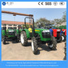 新しい農業はディーゼル機関を搭載する農場4の動かされたトラクターを使用した