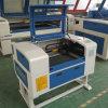 De Machine van de Gravure van de Laser van de Desktop voor het Maken van de Zegel/de MiniMachine van de Gravure