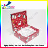 クリスマスのトーテムの赤いボール紙のギフトの包装ボックス