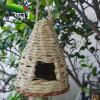 Het met de hand gemaakte Huis van de Vogel van de Aard voor de Tuin van de Aard