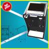 Cabina vacía de la máquina tragaperras de la cabina del juego video de la cabina del juego de la cabina del juego de arcada de la cabina de la arcada de la máquina tragaperras de la cabina