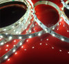 Una striscia di 5050 SMD LED