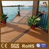 Mantenimiento bajo el suelo de madera de azulejos cubierta al aire libre / de enclavamiento