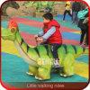 De openlucht Rit van de Dinosaurus van het Vermaak van de Speelplaats Levensgrote