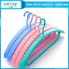 Attraktiv und Durable Plastic Hanger
