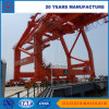 Manipulación de la grúa de puente para el puerto
