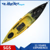 Трудный пластичный Kayak рыболова для 1 персоны сидит на рыболовстве