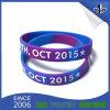 Il Wristband reso personale di Debossed personalizza il braccialetto del silicone