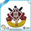 La Chine haut de la qualité de l'émail paillettes d'un insigne de l'épinglette métalliques personnalisées