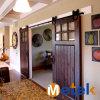 تصميم حديثة متأخّر غرفة داخليّة يستعمل ينزلق باب خشبيّة