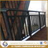 優雅な容易にアセンブルされた錬鉄階段手すりのステアケースの柵
