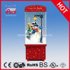 Muñeco de nieve 2016 dentro de la decoración de la Navidad con el caso transparente