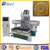 Máquina de madeira de processamento Multi- do router do CNC do gravador do bom preço