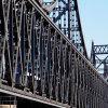 鉄骨構造の鉄道橋