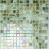 緑のイリジウムガラスのモザイク