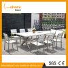 良質の安い屋外の庭の家具によって陽極酸化されるアルミニウム防水折りたたみ式テーブルおよび8脚の椅子