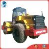 Gebruikte Wegwals Dynapac met De Pers van het Systeem van de Waterkoeling (cummins motor)