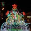 豪華で大きい正方形の通りの装飾のクリスマスの照明