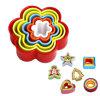 Presses de biscuit de modèle et jeux colorés de givrage