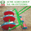 3列の手動トウモロコシの種取り機肥料プランターを撒く3つの車輪
